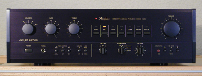 http://www.audioinnovationen.de/assets/images/Accuphase-E-205-Front-24cm.jpg